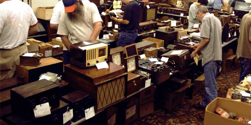 auction-sarasota-antique-buyers